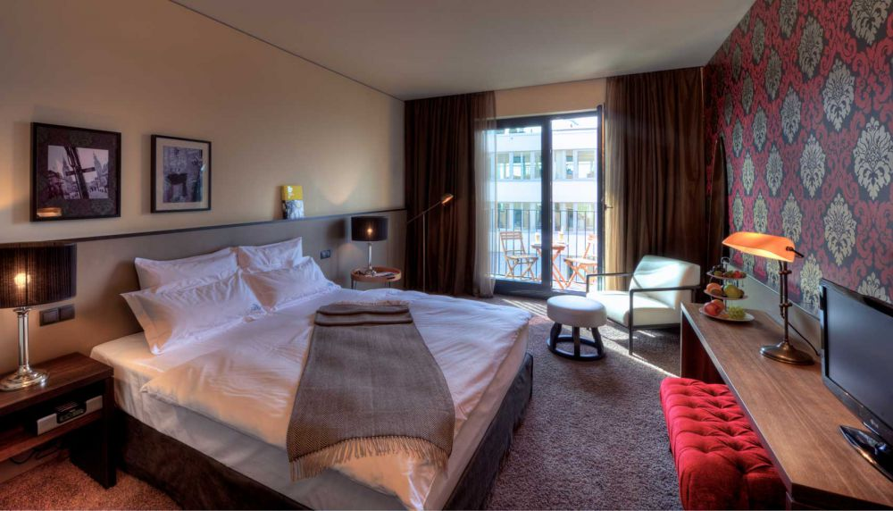 Hotel hamburg alster hotel room size m the george for Hotel hamburg designhotel