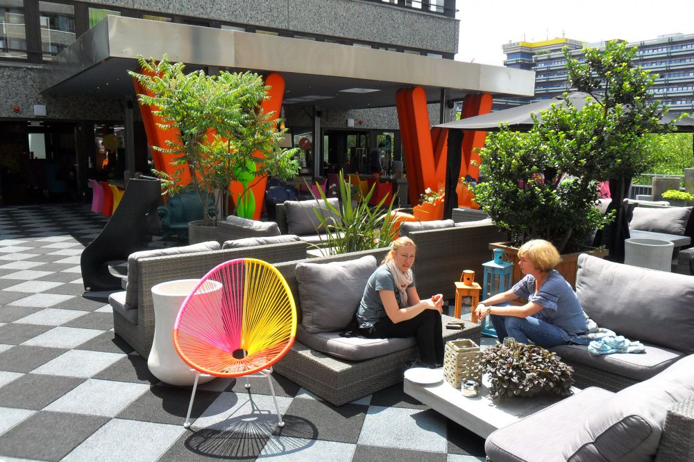The George Design Hotel Hamburg Shopping At Lifestyle Location Die