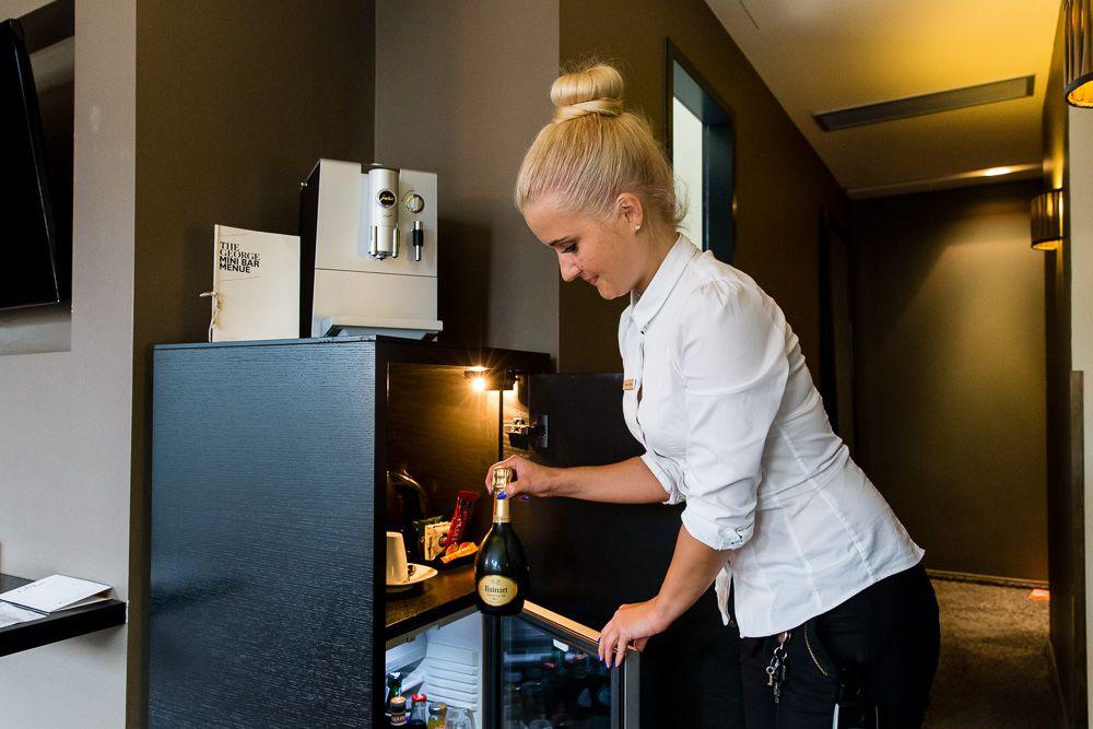 Minibar Als Kühlschrank Nutzen : Dinge die sie schon immer über die hotel minibar wissen wollten