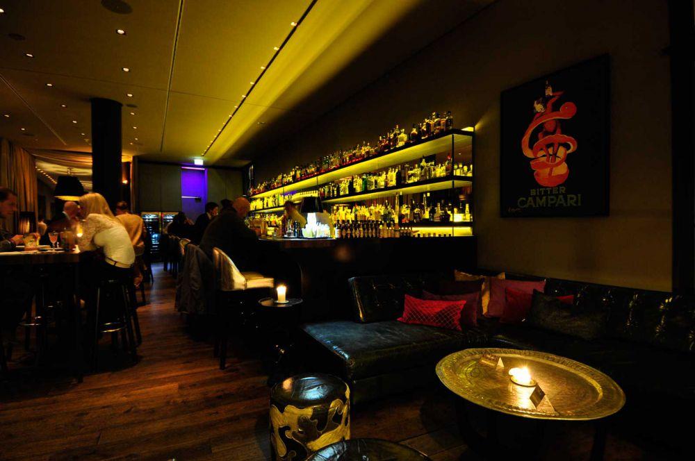 stylish bar in hamburg bar dacaio on the alster in hamburg. Black Bedroom Furniture Sets. Home Design Ideas