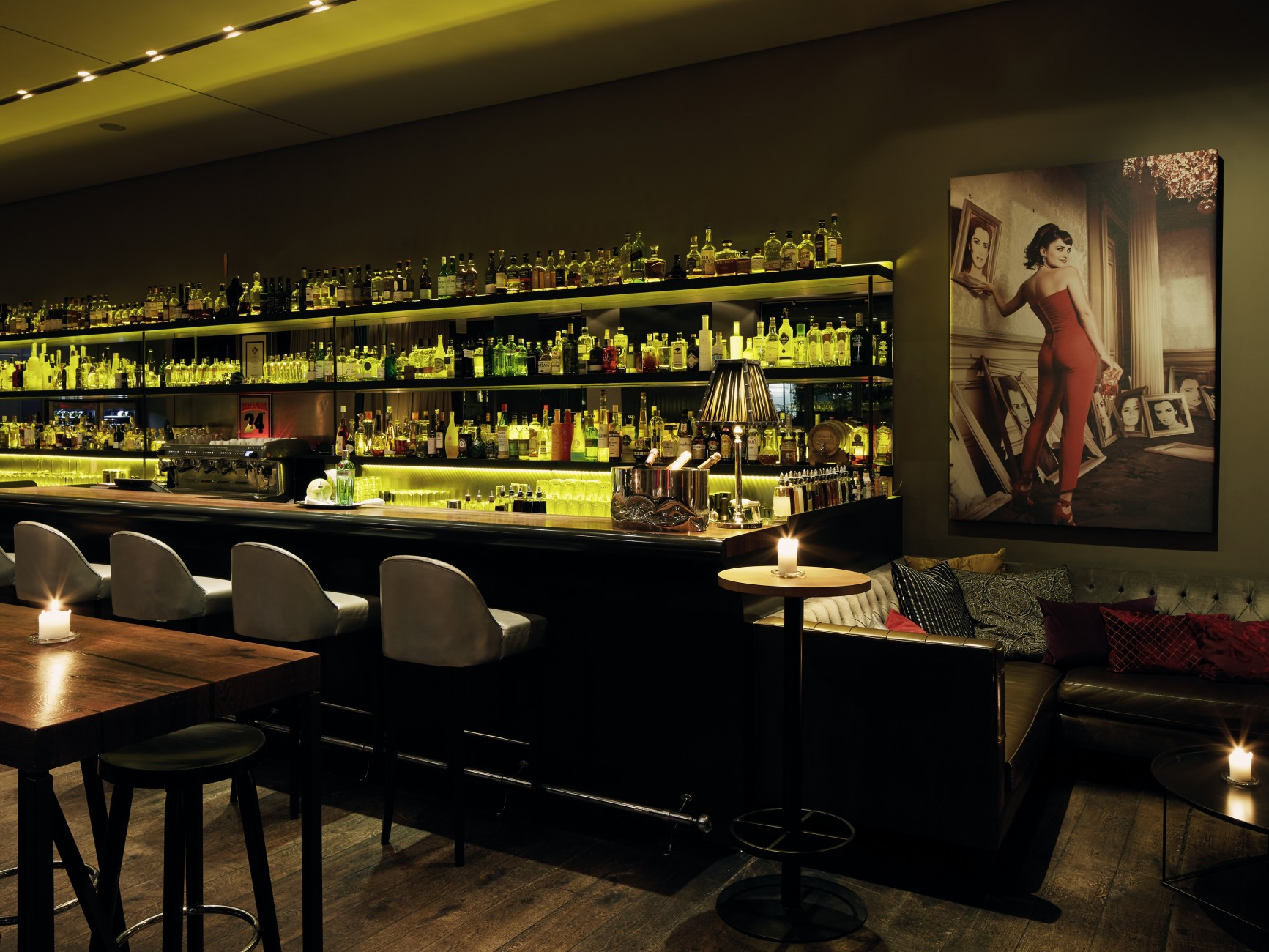 Stylishe Cocktailbar In Hamburg Mit Dachterrasse Bar Dacaio An Der
