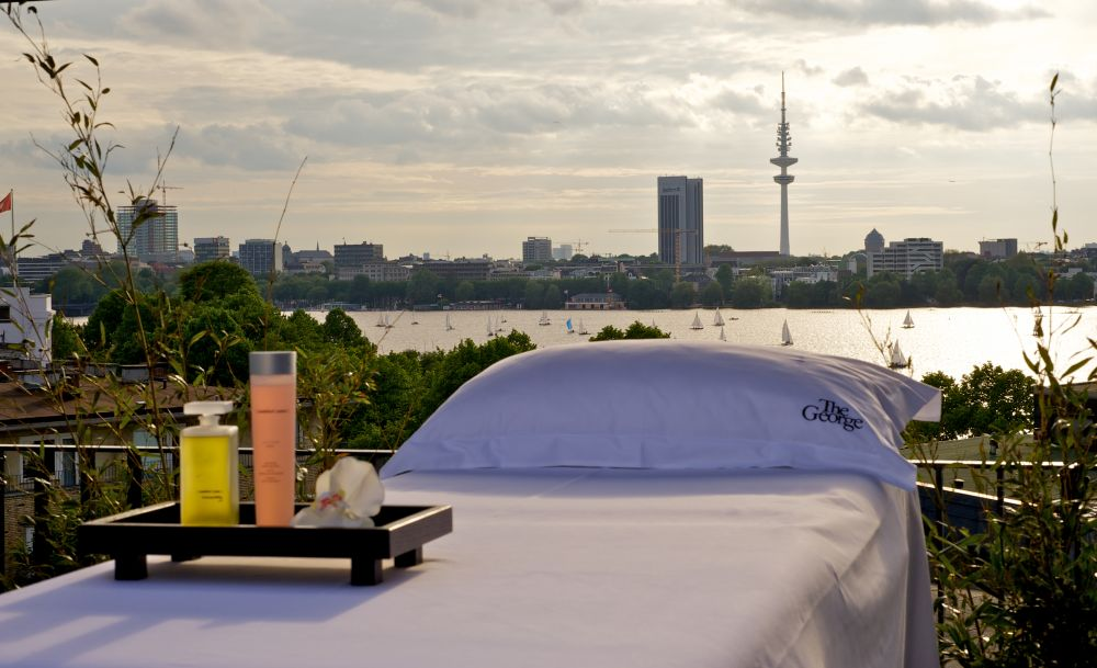 spa hamburg wellness im the george hotel hamburg an der alster. Black Bedroom Furniture Sets. Home Design Ideas